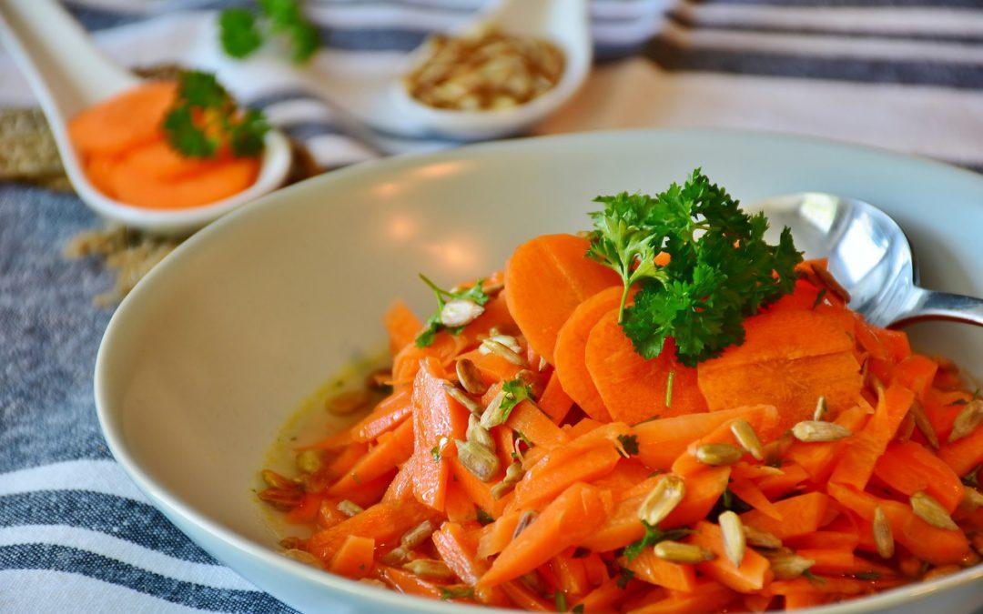 Karotten-Süsskartoffel-Kürbis-Salat